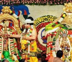 Madurai Meenakshi Weeding