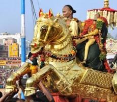 Sri Kallazhagar Vaigai Aatril Ezhuntharural 2018